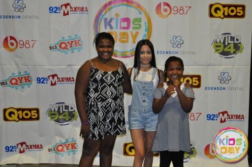 Jenna ortega meet and greet at kids day 2017 m4hsunfo