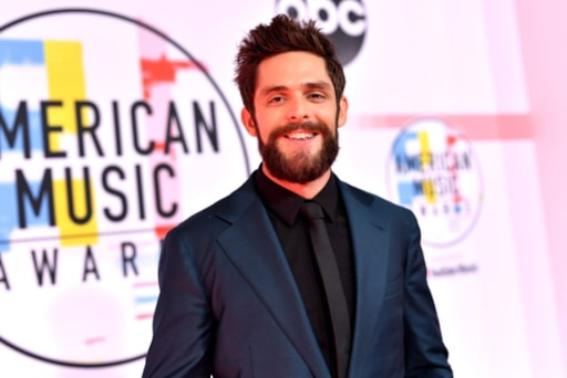 there 39 s something you missed while thomas rhett was at the amas. Black Bedroom Furniture Sets. Home Design Ideas