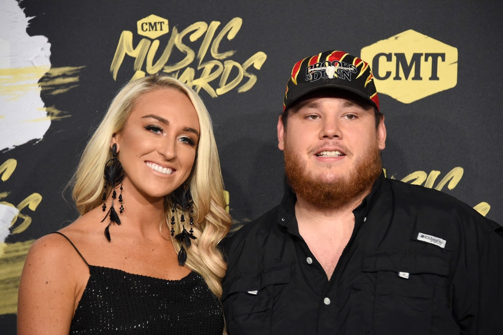 0b9f6ac1521a5 2018 Ends In A Great Way For Luke Combs